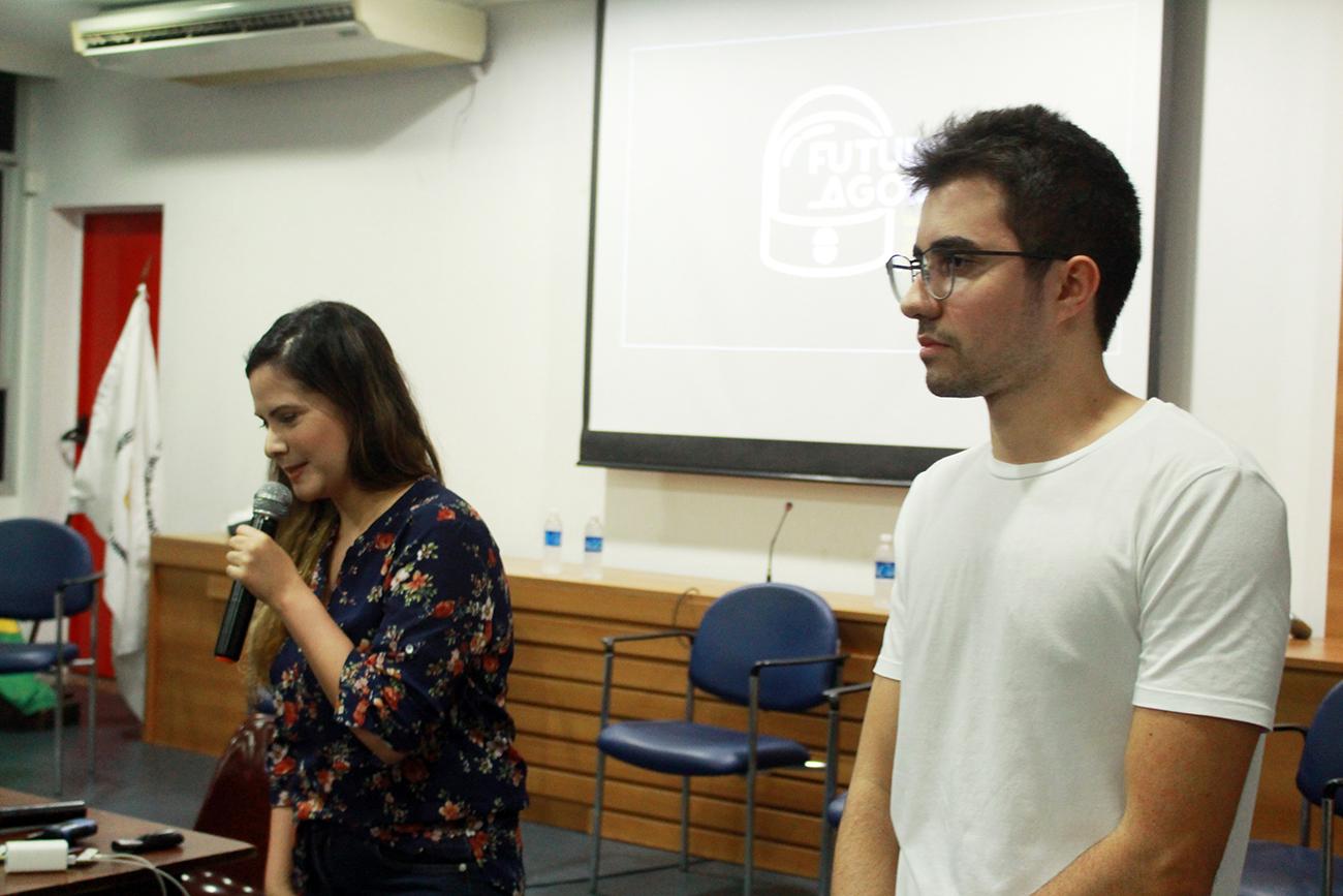 Luisa Costa - idealizadora do e produtora do encontro | Lucas Tozetti - engenharia UFES deu suporte na mobilização e realização do encontro.